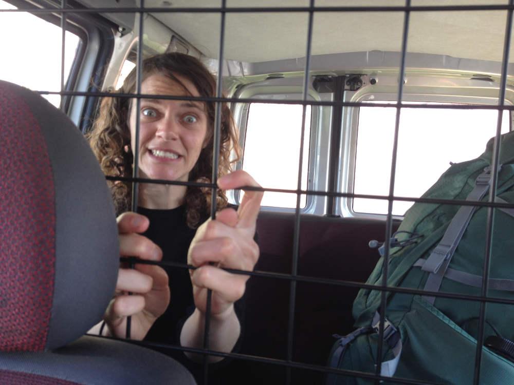 Linda hinter Gittern